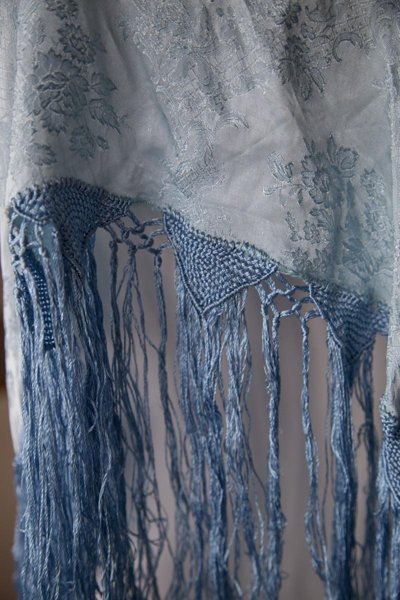 Lyseblått sjal 3