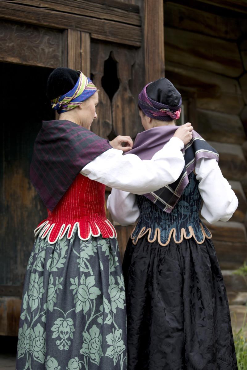 Camilla og Pernille korsett 6