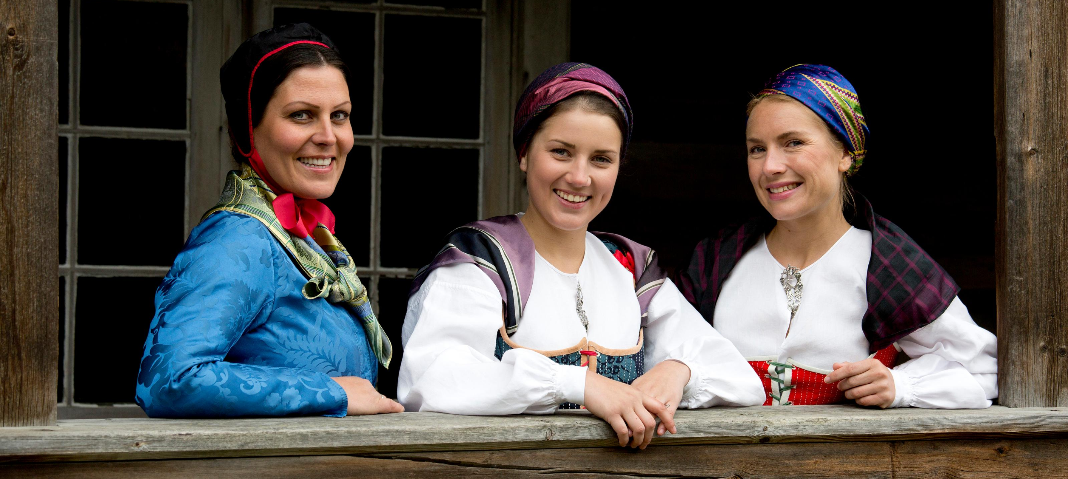 Bunad og Folkedrakter fra Norge