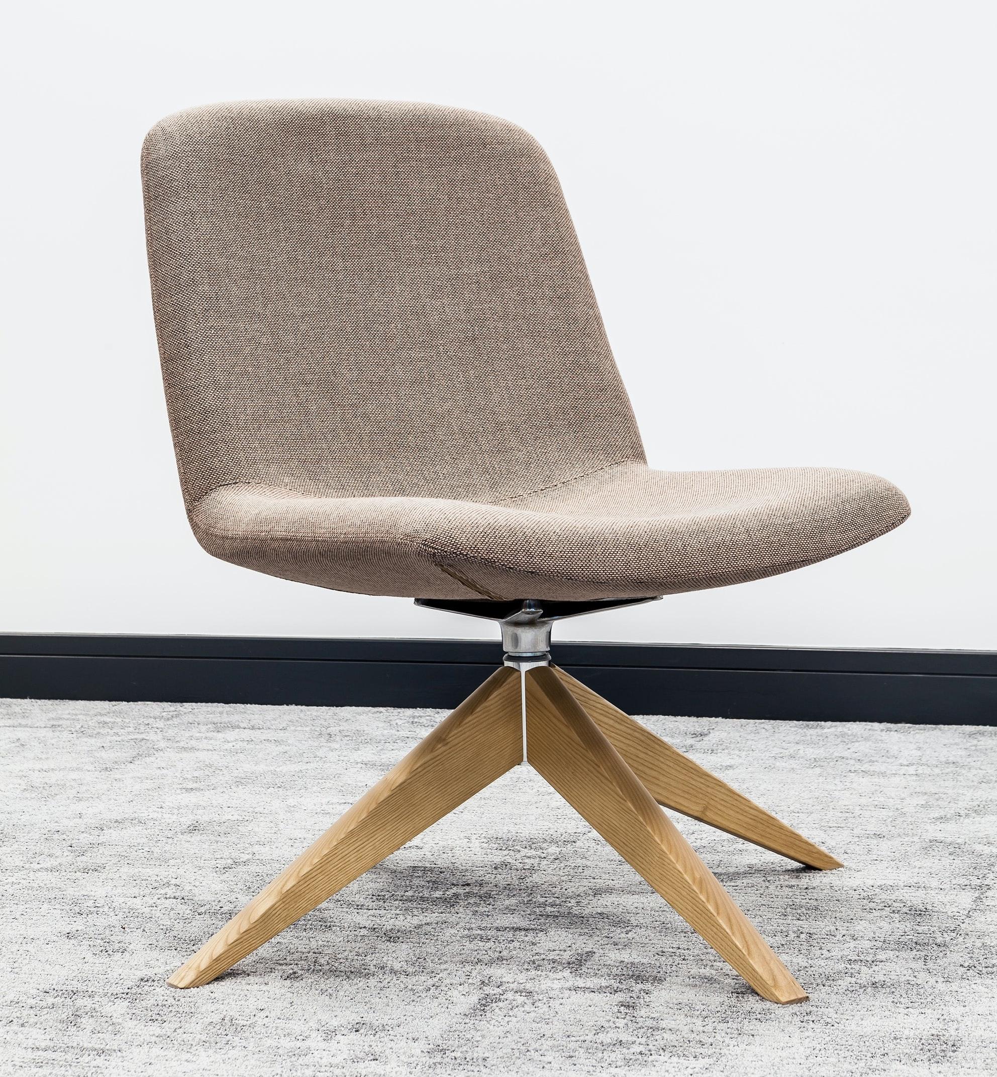 Stressmore rough chair