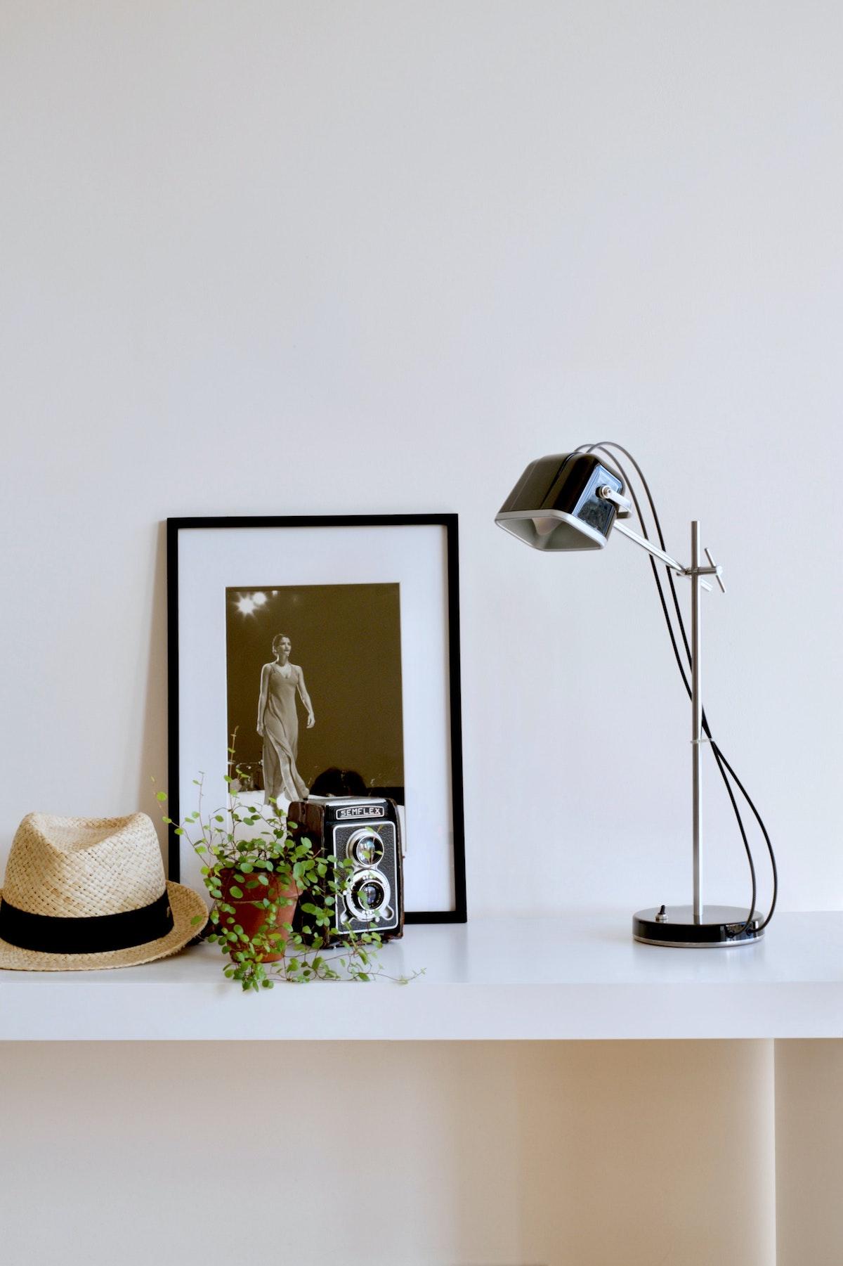 Classy Lamp in Black