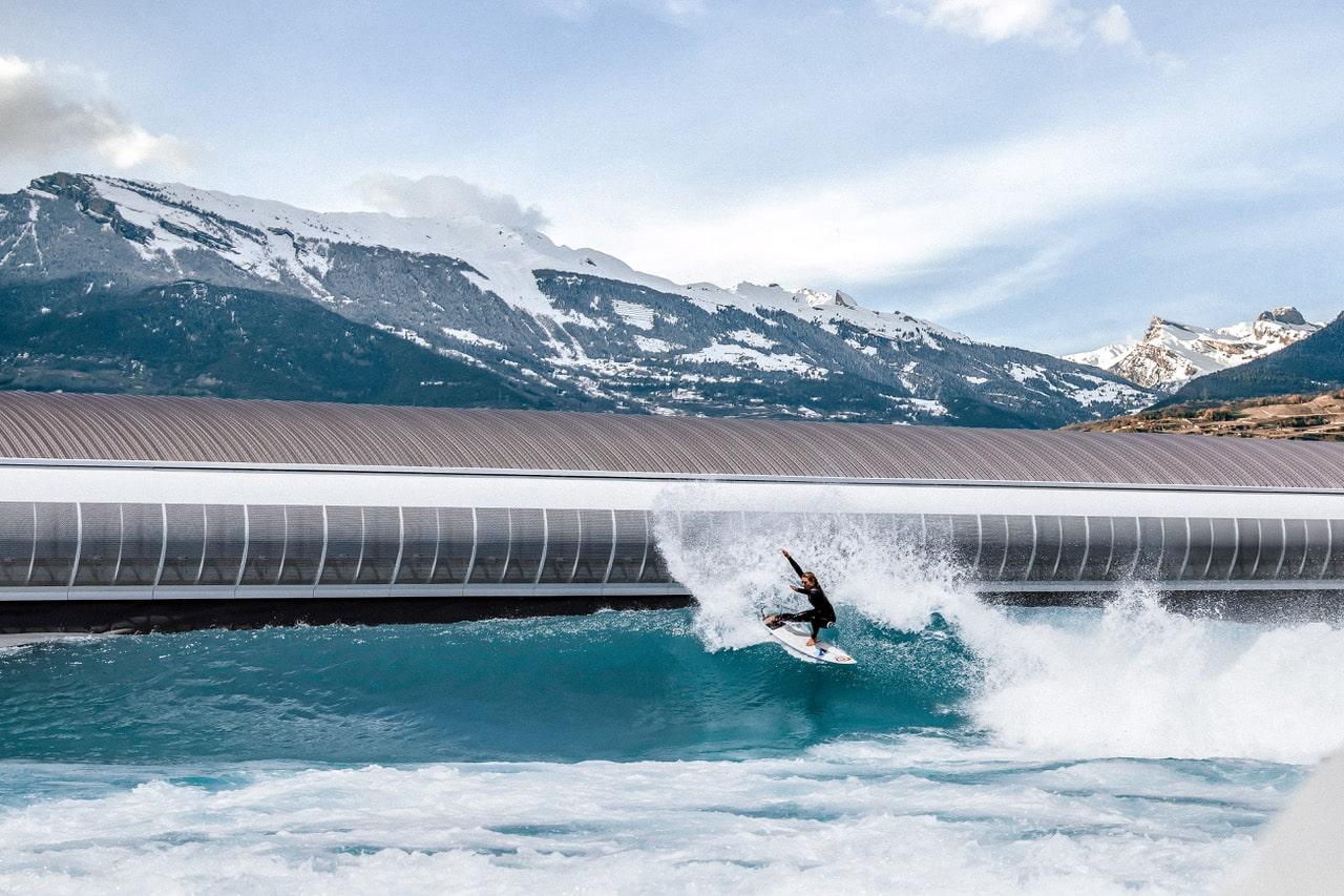 Une nouvelle piscine à vagues en Suisse